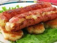 Жареные сосиски с сыром