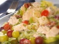 Салат куриный с виноградом