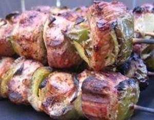 Сувлаки (Souvlaki) - шашлыки по-гречески