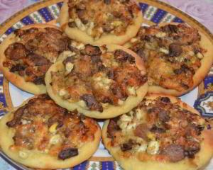 Картофельные лепёшки с сыром и грибами
