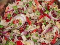 рецепт салата с говядиной и фасолью