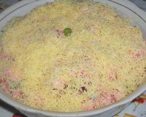 Салат с мясом и вареными овощами Горошина для принцессы