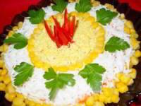 рецепт Слоеный салат с курицей и корейской морковью