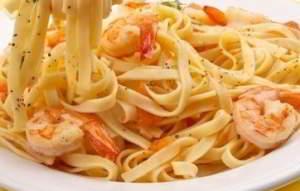 рецепт Спагетти с соусом из креветок