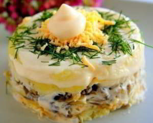 Салат Дубок с картофелем и курицей