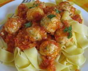 рецепт Мини тефтели в томатном соусе