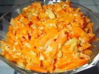 """Салат """" Bonito """" с корейской морковью и курицей"""