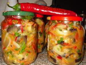 """Баклажанный салат """" Овощное безумие """" на зиму"""
