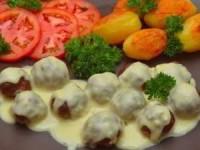 Мясные шарики из говяжьего фарша под сливочным соусом