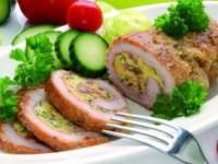 Свинина, фаршированная сыром