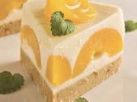 Торт с йогуртом без выпечки