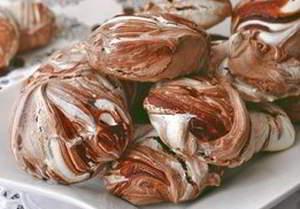 рецепт Мраморные шоколадные меренги