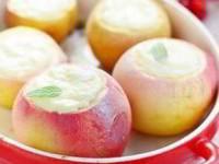 рецепт Печеные яблоки с творогом