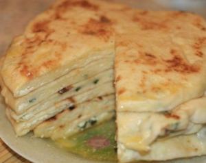 Быстрые хачапури с творожно-сырной начинкой