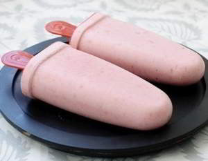 Домашнее бананово-клубничное мороженое