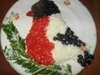 Новогодний салат «Снегирь»