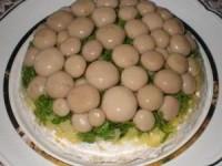 "Салат ""Лукошко с грибами"""