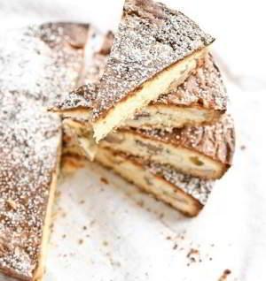 Торт с белым шоколадом и грецкими орехами на пикник