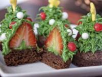 Невероятно красивый новогодний десерт «Ёлочки с секретом»