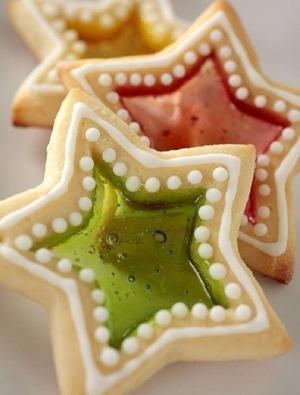 Сладкая новогодняя сказка: печенье с леденцовым окошком