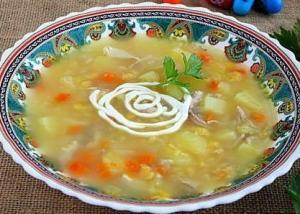 Суп картофельный с бобовыми и курицей