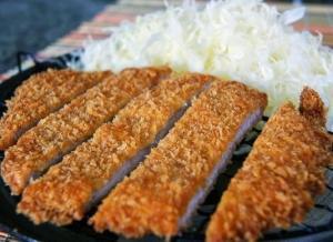 Японская свиная котлета Тонкацу