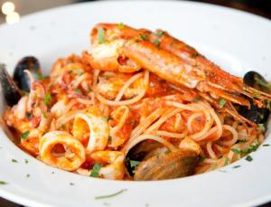 Pasta al mare. Паста с морскими гадами