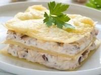 Аппетитная лазанья с курицей и грибами