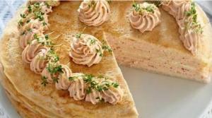 Блинный торт с рыбным муссом