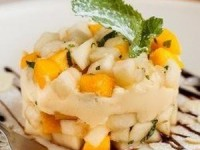 Десерт из осенних фуктов с макскарпоне и манго