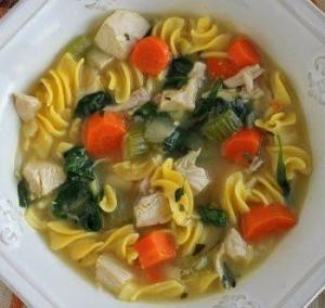 Куриный суп с пастой из киноа