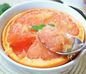 Печеный грейпфрут с медом и имбирем