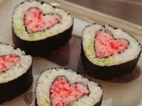 Суши в виде сердечек
