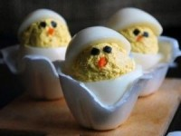 Цыплята из яиц — красивая и вкусная закуска на праздничный стол