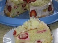 """Легкий и вкусный торт """"Клубничка"""""""