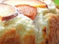 Пирог с творожно-персиковой начинкой