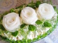 "Салат ""Три белых розы"""
