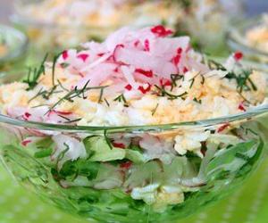 Салат с редисом необычный