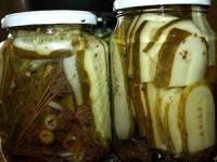 Огурцы маринованные для сэндвичей