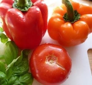 Как правильно заморозить перец и помидоры