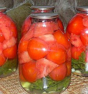 Консервированные помидоры с арбузами на зиму