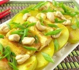 Куриное филе с яблоком по-тайски