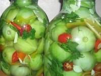 Острый салат из зеленых помидоров на зиму