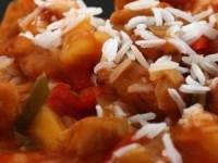 Курица в кисло-сладком соусе по‑китайски