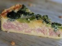 Пирог с ветчиной, брокколи и сыром