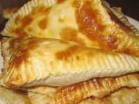 Быстрые слойки с сыром