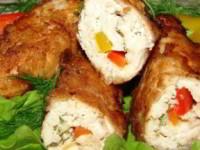 Куриный рулет с сыром и сладким перцем