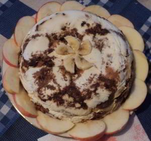 Торт без выпечки из пряников, бананов и мандаринов