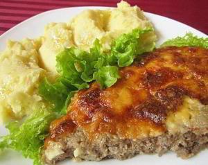 Мясная запеканка с сыром и сметаной
