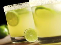 Мятный лимонад, способный умерить аппетит, пьем перед едой